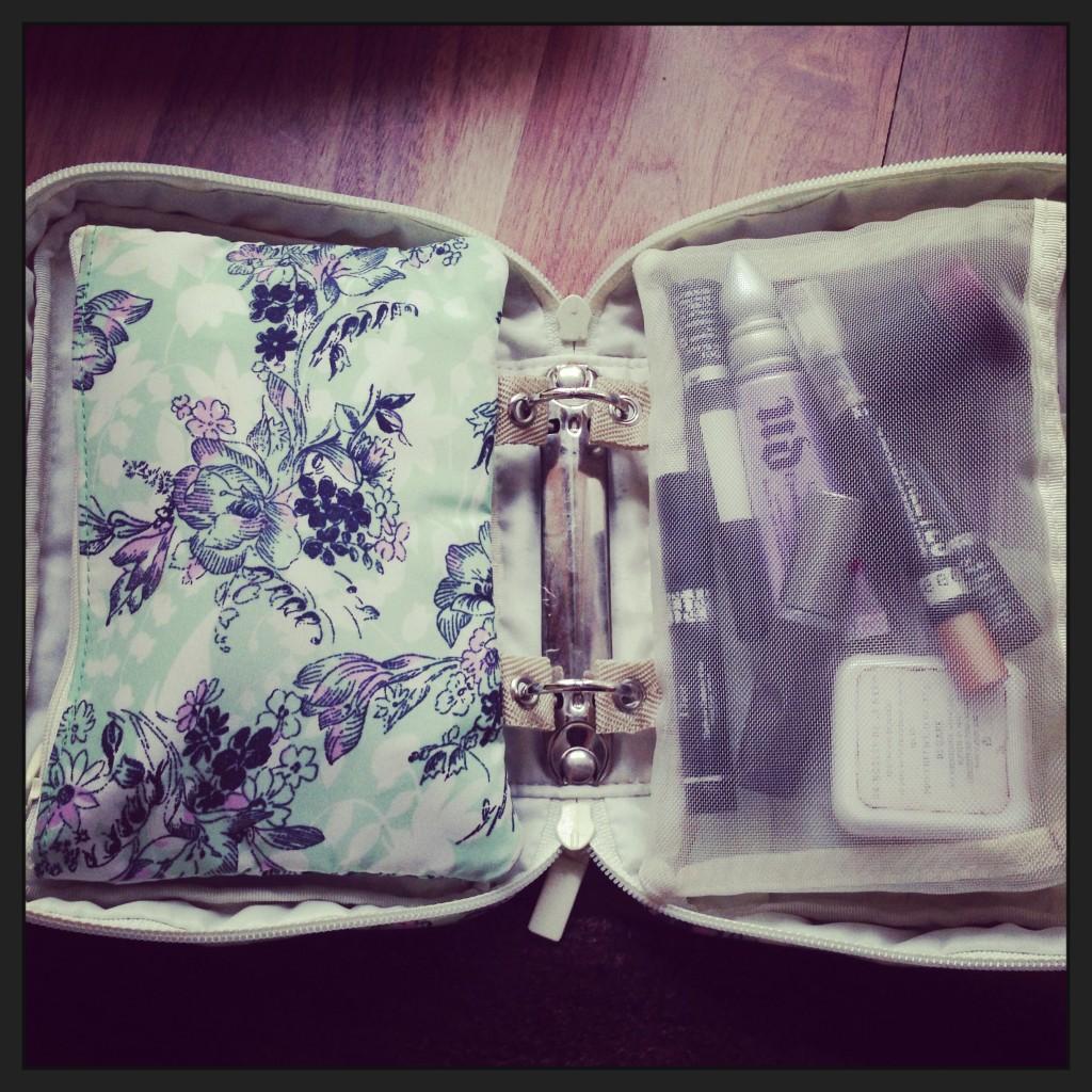 Paul Joe Makeup Bag Tijan Serena Loves