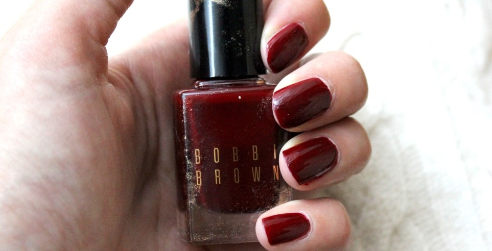 Olivia Pope S Fave Nail Polish Bobbi Brown Bordeaux Tijan Serena Loves